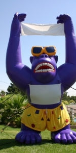 w-balloon-rooftop-purple-gorilla-0527