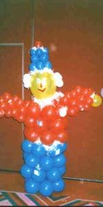 scarecrow_sculpture