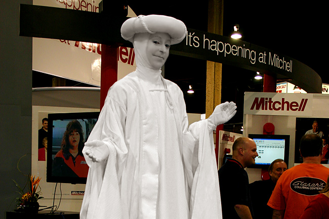 Las Vegas Living Statue Smiling 1